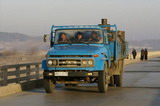 实拍朝鲜街头汽车 惊现中国解放和东风