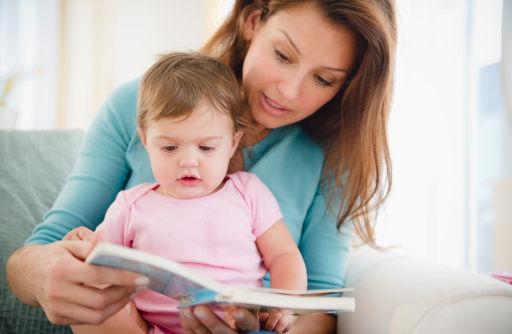 孕育指导:亲子阅读从宝宝多大开始最好(组图)