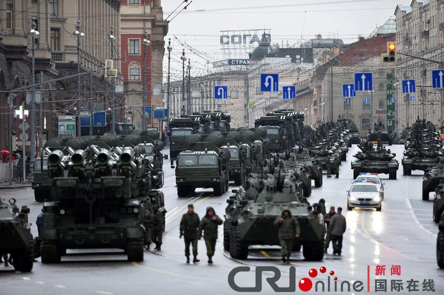 俄罗斯举行胜利日阅兵彩排(高清组图)