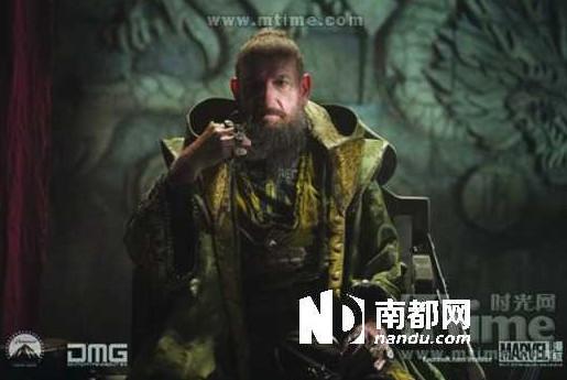 《钢铁侠3》在中国内地的票房在以近乎一天一个亿的速度在高清图片
