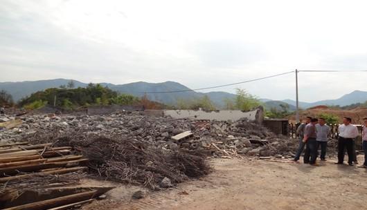 我县拆除一违建面积达万余平米厂房