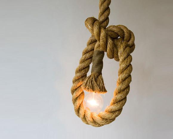 粗狂不失时髦的麻绳吊灯