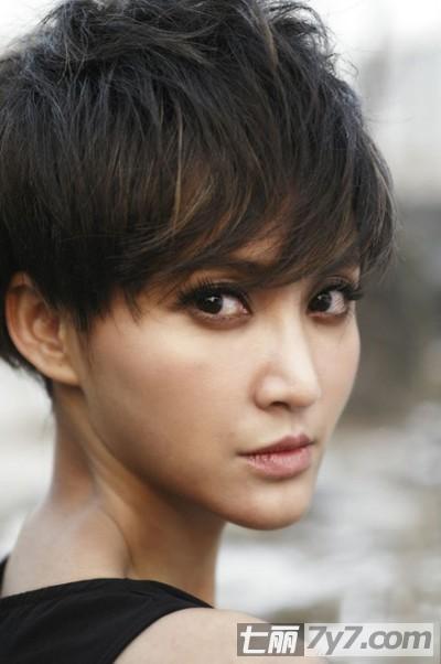 最新潮女个性潮流短发发型简约欧美气场十足瘦脸短发图片