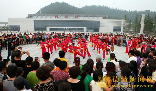 中国人口老龄化_中国人口最密集