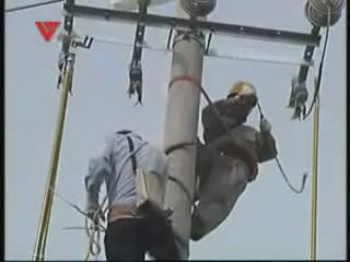 [07月08日] 80后电工:烈日接线为保清凉