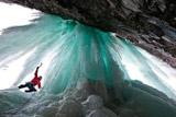 世界各地冰瀑奇观