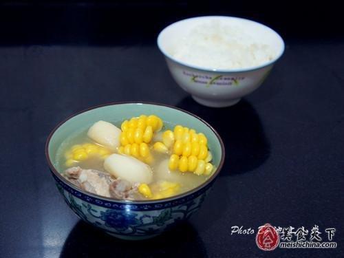 春季防流感汤水先行 滋补马蹄玉米大骨汤
