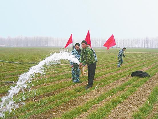 8月12日抗旱防旱