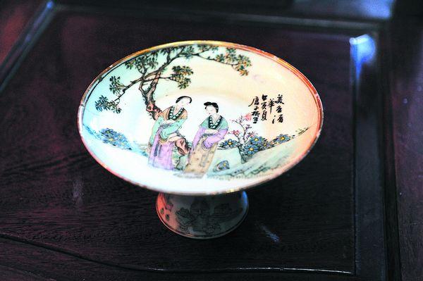 桃花美女・老瓷器