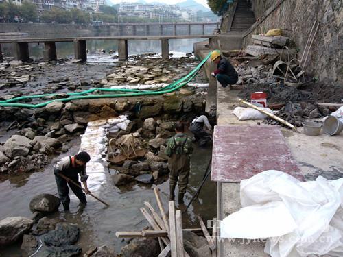 县建设局多措并举推进治水工作