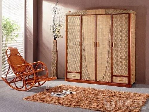 衣柜用什么材质好之一:实木板材