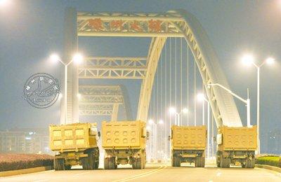 我市对嵊州大桥进行安全检测