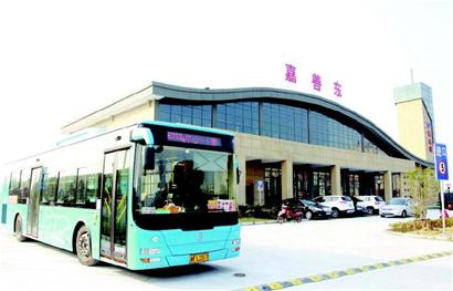 成都东站汽车站到南溪的车的时刻表高清图片