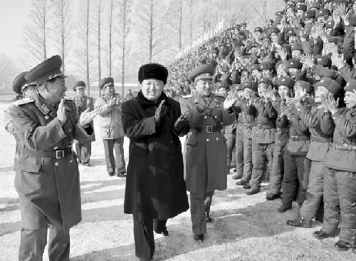 朝韩首脑同时要求军队