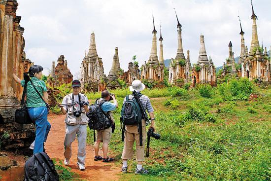 异国旅游要尊重当地风俗习惯林伟生摄
