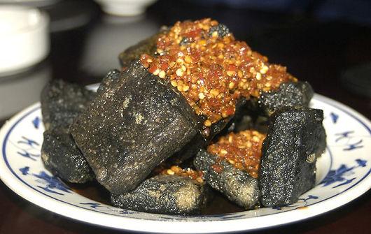 东莞臭豆腐_一线记者对东莞的臭豆腐市场进行了暗访.