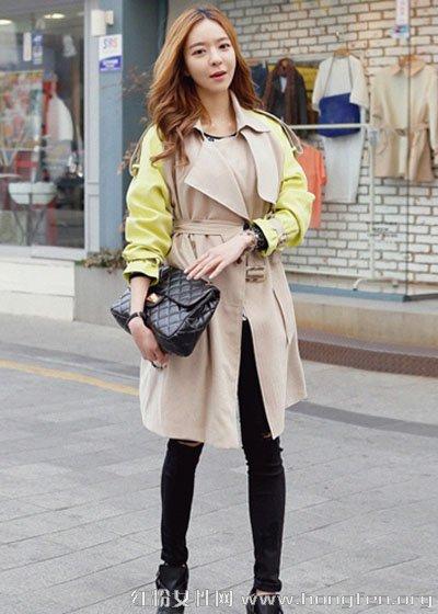 韩版风衣搭配牛仔裤 尽显优雅气质
