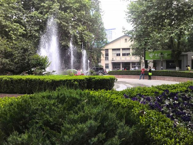 龙泉人长江游的文化之旅  南京大学南北学区