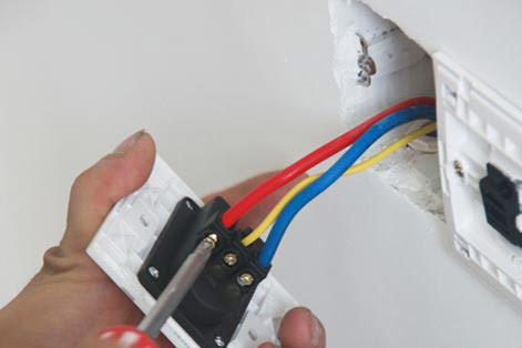 插座开关接线图 一灯双控开关接线图 一灯三控开关接线图图片