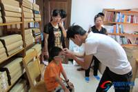 免费为贫困视力残疾人验配助视器
