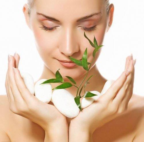 面部排毒按摩 打造透亮肌肤