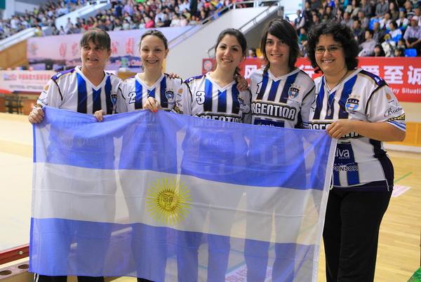 地掷球世锦赛 阿根廷队逆袭夺冠