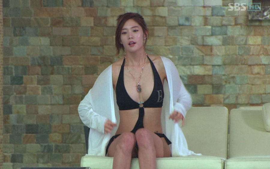 韩版干露露 亚洲第一美女为网游代言 版