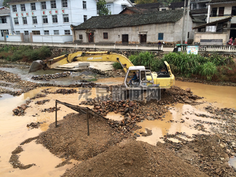 上��镇中小河流治理项目