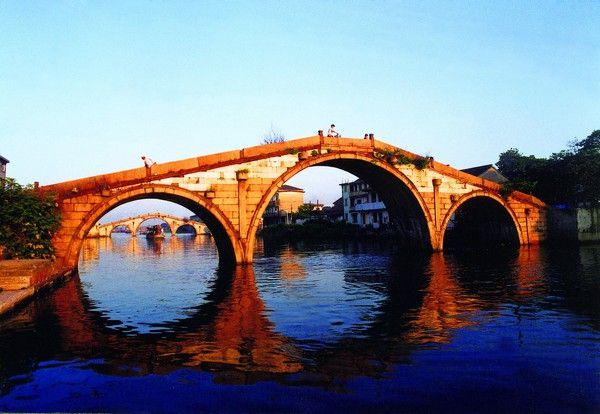 古镇三济桥