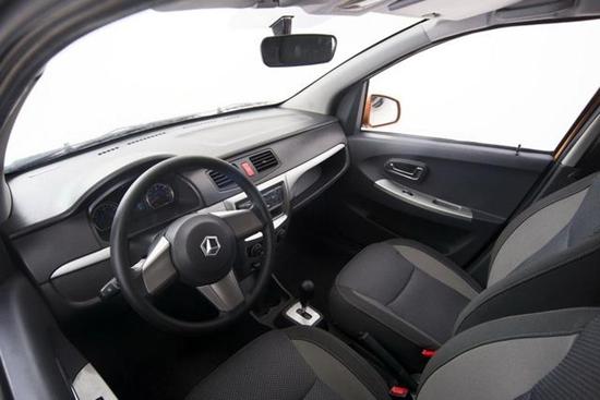 雷丁D70电动车上市售3.99万-4.99万 -雷丁电动轿车价格 心爱电动轿高清图片