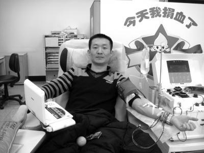 的哥献血50余次相当于全身换血 获评北京榜样