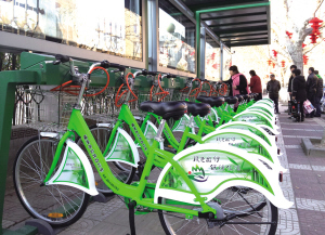 我市约300辆公共自行车服务系统将投入运行