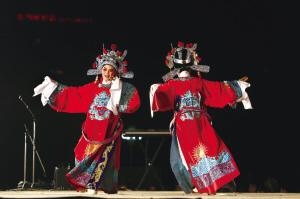 文艺节上的舞步