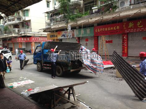 市建设局开展江滨商业街专项整治