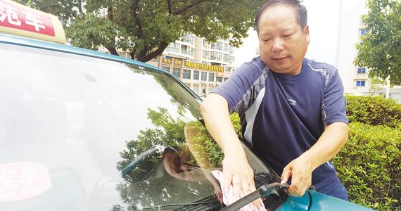 王成尧:16年安全行驶200多万公里 力所能及地帮助他人