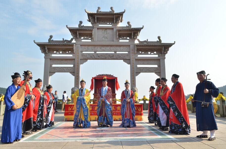 香港同胞祈福黄大仙宫