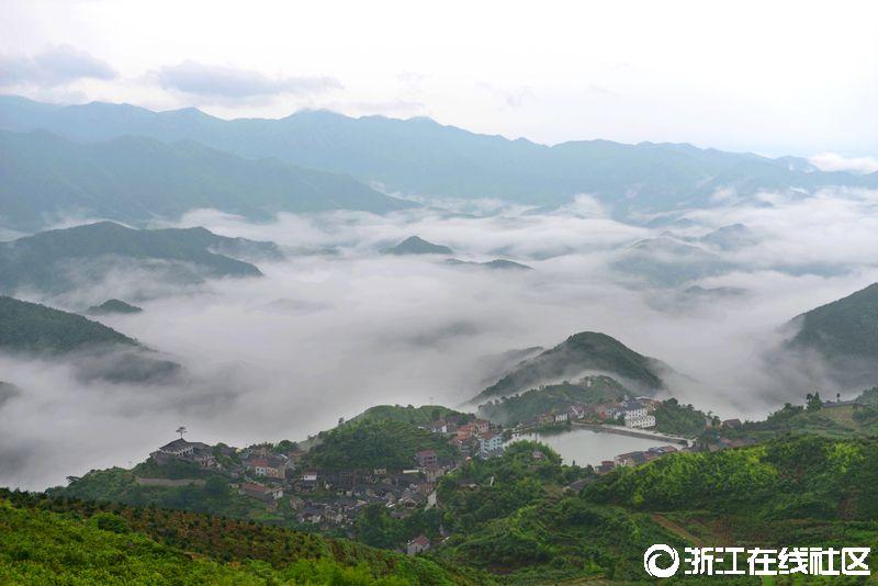 云上的覆卮山