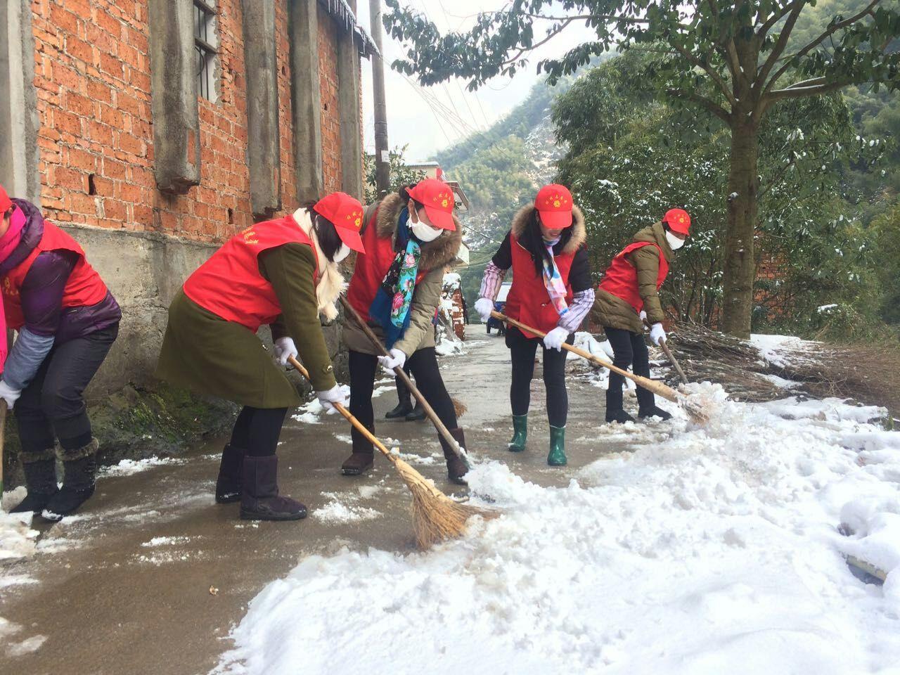 通源:雪地上的村嫂情
