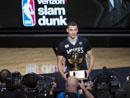NBA扣战大赛:拉文力克戈登夺冠
