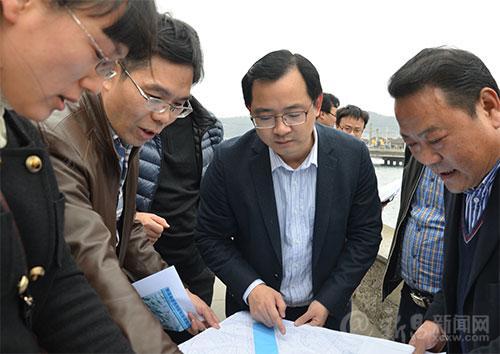 县领导调研重要城市建设项目