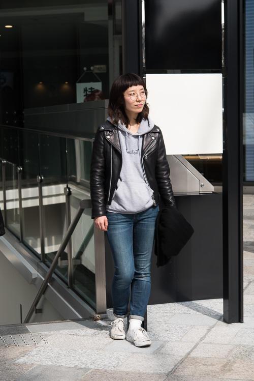 日本妹子们穿什么 每年夏天都要废一双匡威帆布鞋