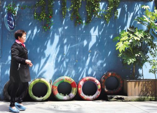 废轮胎成花盆