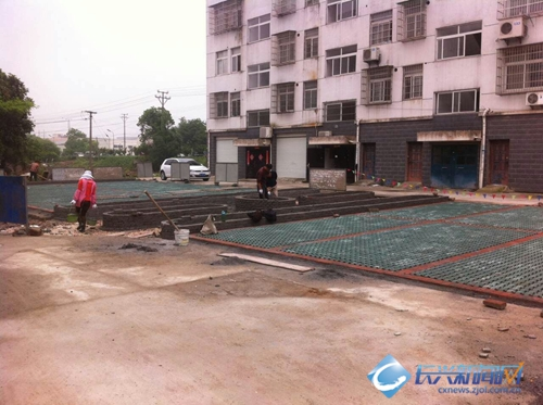 金莲桥社区建设生态停车场