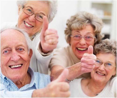 今起,这些老年人的意外险正式生效啦