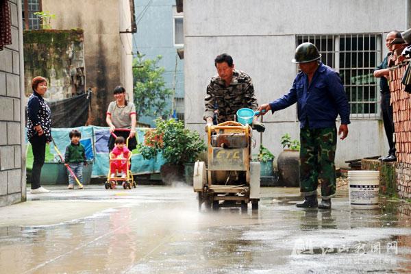 加快排污管网建设