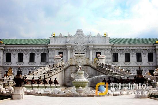 新长春园(夏苑):会报时的生肖喷泉