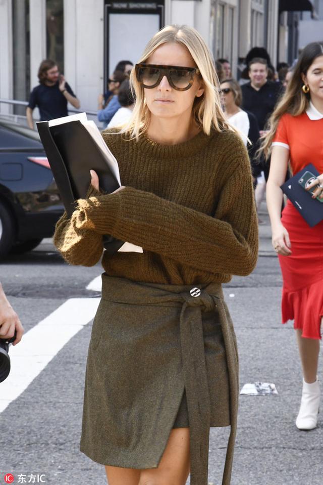 穿对了一件高领毛衣 你就知道它有多美