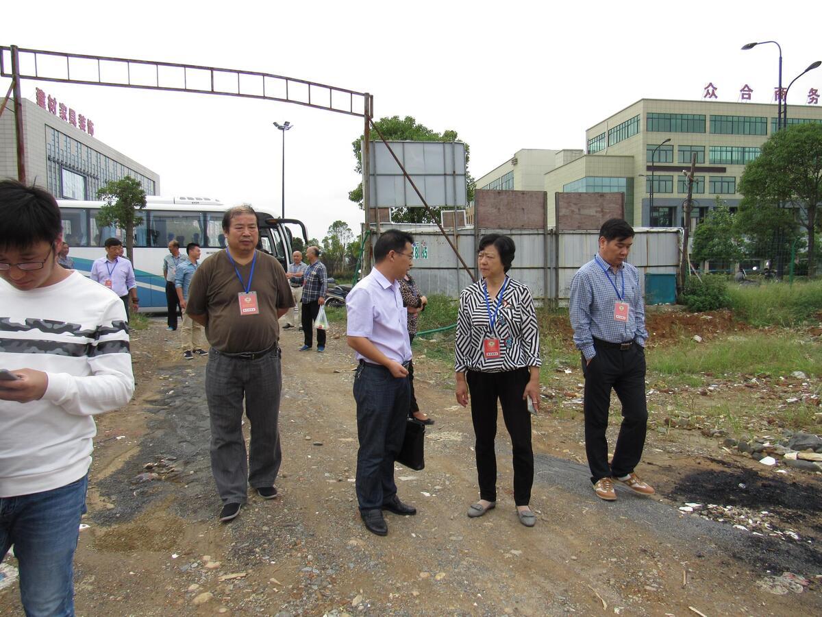 政协委员视察医疗卫生重点项目建设