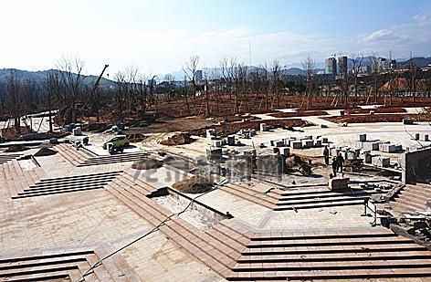 黄灌段防洪堤景观工程现整体框架已初具规模