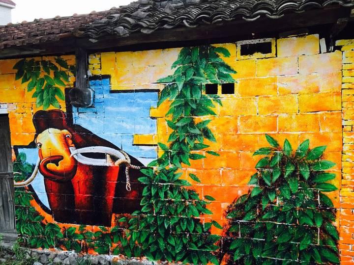 磐安:美丽乡村墙绘 山野惊艳绽放